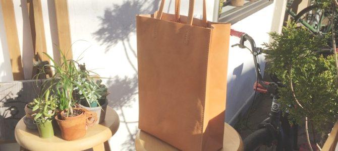 牛革の紙袋のような革袋・A4タテ